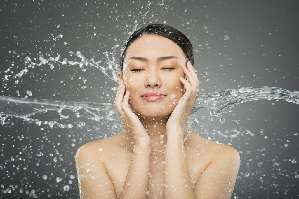 Moisture-face-skin-cleansing